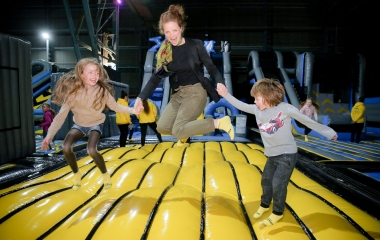 Family Bounce (4yrs+, Mon & Wed at 6pm)